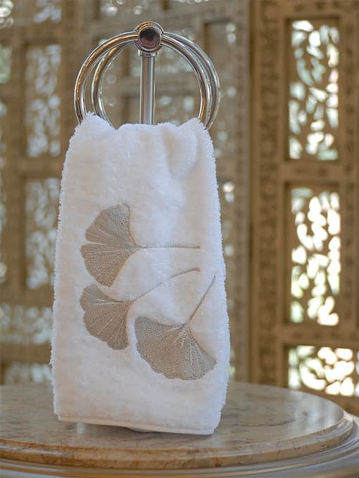 Anali Guest Towels Ginkgo in Silver on White Terry