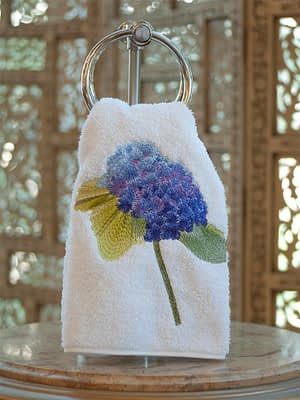Anali Guest Towels Hydrangea in Purple on White Roma Terry