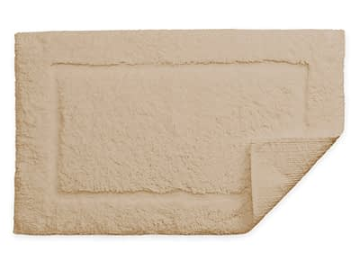 Matouk Milagro collection bath rug in linen