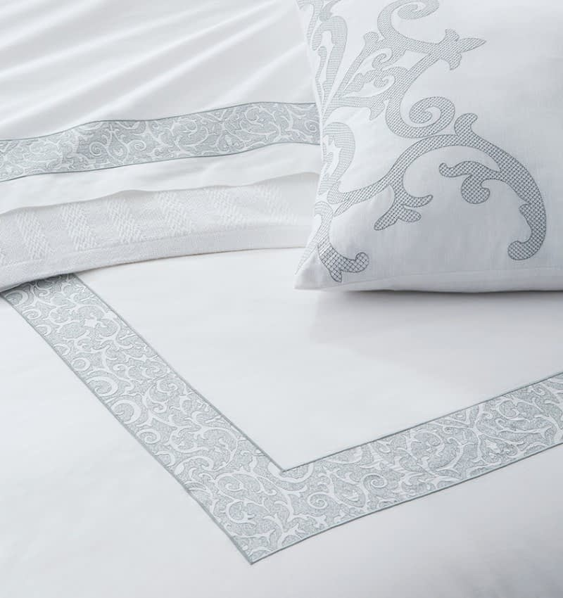 Sferra Camena collection in white and seagreen